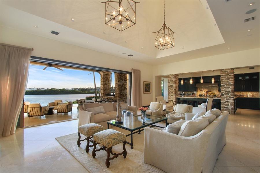 Real Estate Photography - 118 Clipper Lane, Jupiter, FL, 33477 - Living Room