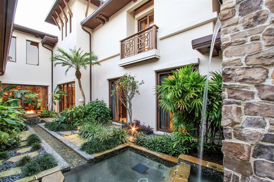 Real Estate Photography - 118 Clipper Lane, Jupiter, FL, 33477 - Atrium