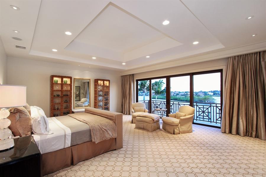 Real Estate Photography - 118 Clipper Lane, Jupiter, FL, 33477 - Master Bedroom