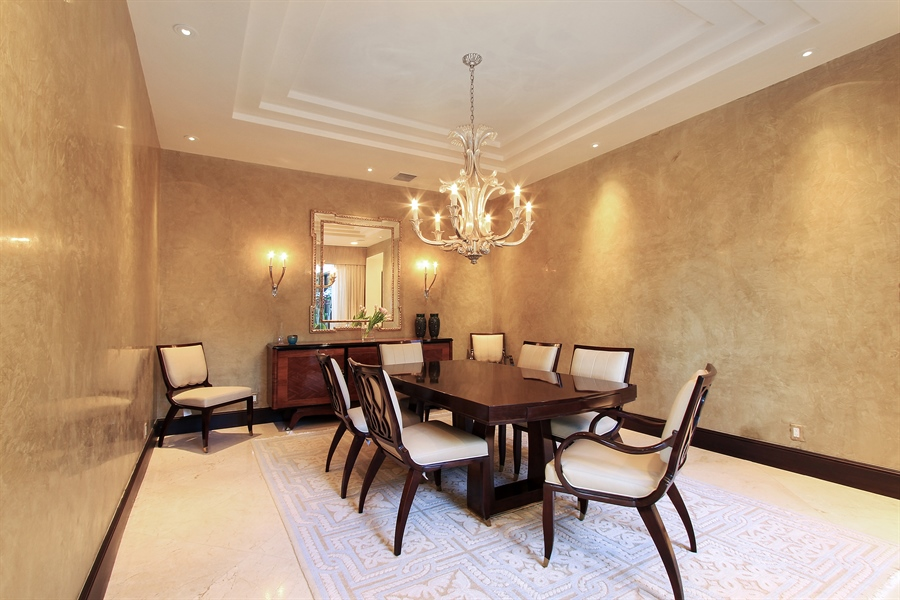 Real Estate Photography - 118 Clipper Lane, Jupiter, FL, 33477 - Dining Room