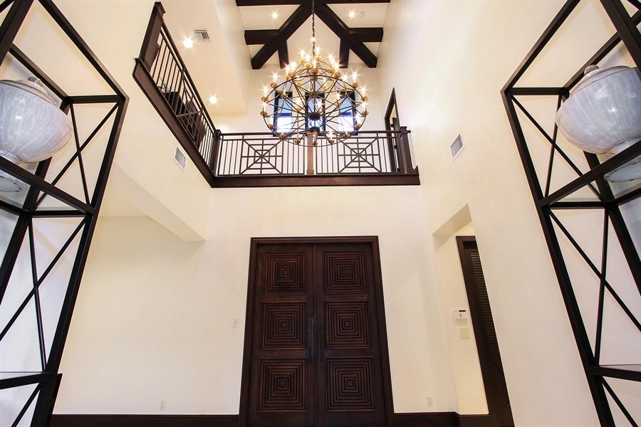 Real Estate Photography - 118 Clipper Lane, Jupiter, FL, 33477 - Foyer