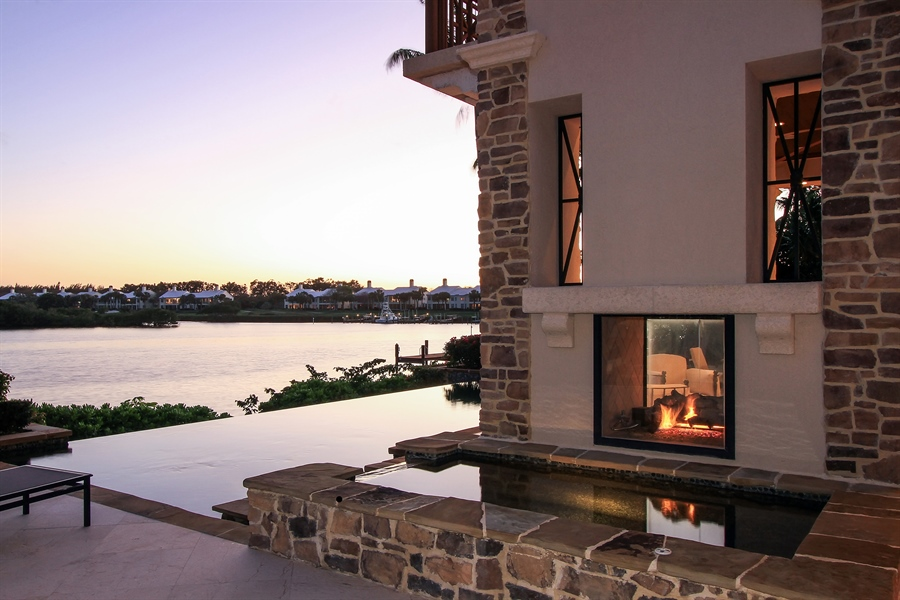 Real Estate Photography - 118 Clipper Lane, Jupiter, FL, 33477 - Pool/Spa