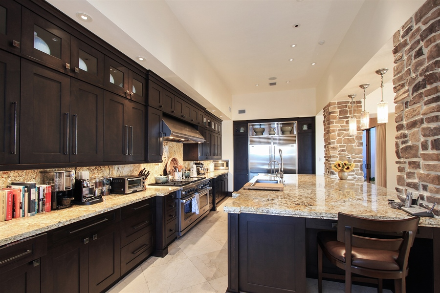 Real Estate Photography - 118 Clipper Lane, Jupiter, FL, 33477 - Kitchen