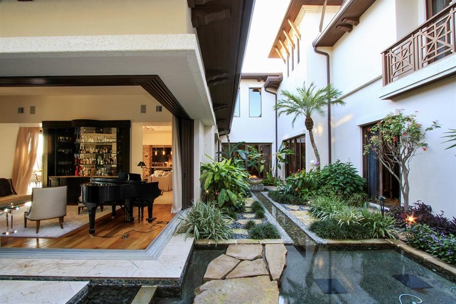 Real Estate Photography - 118 Clipper Lane, Jupiter, FL, 33477 - Bar