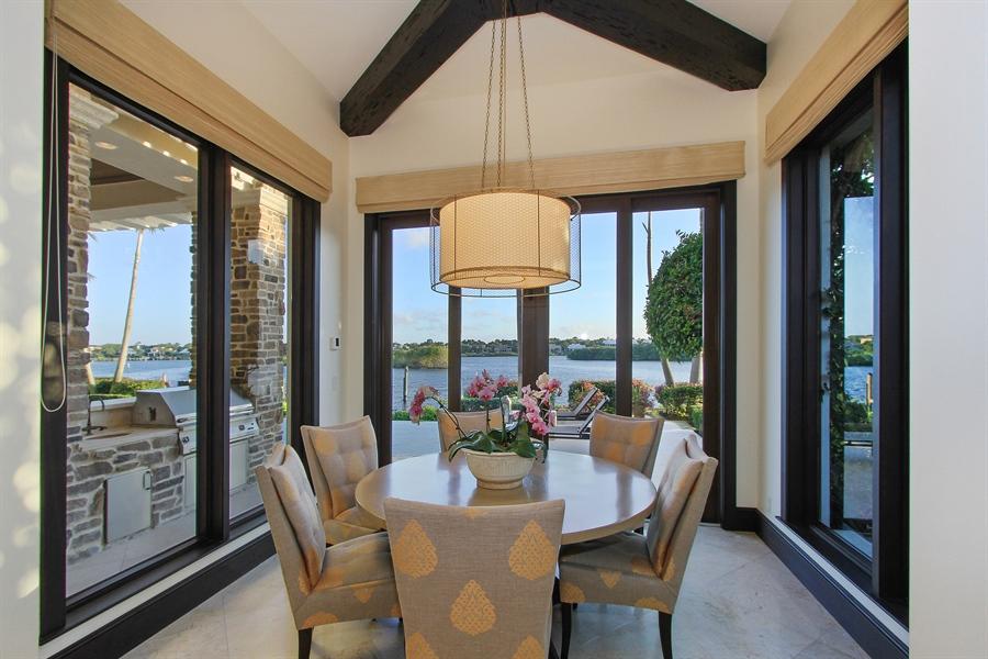 Real Estate Photography - 118 Clipper Lane, Jupiter, FL, 33477 - Breakfast Nook
