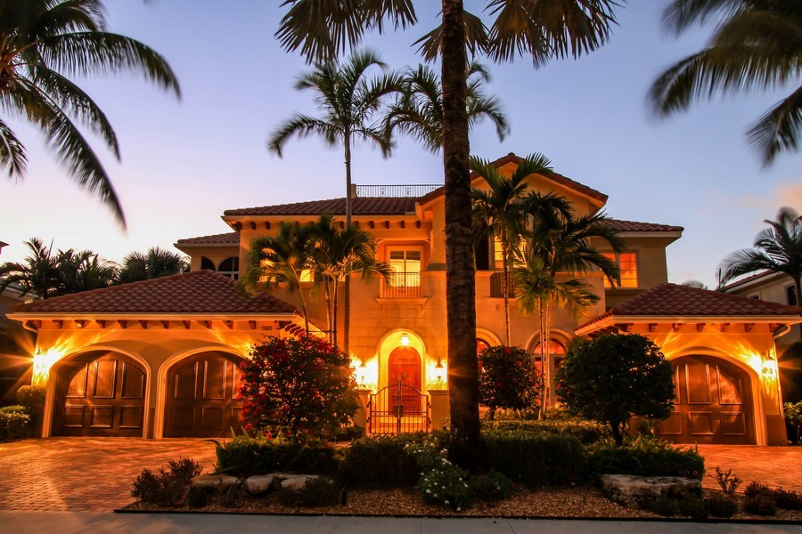 Real Estate Photography - 789 Harbour Isles Court, North Palm Beach, FL, 33410 - Front View