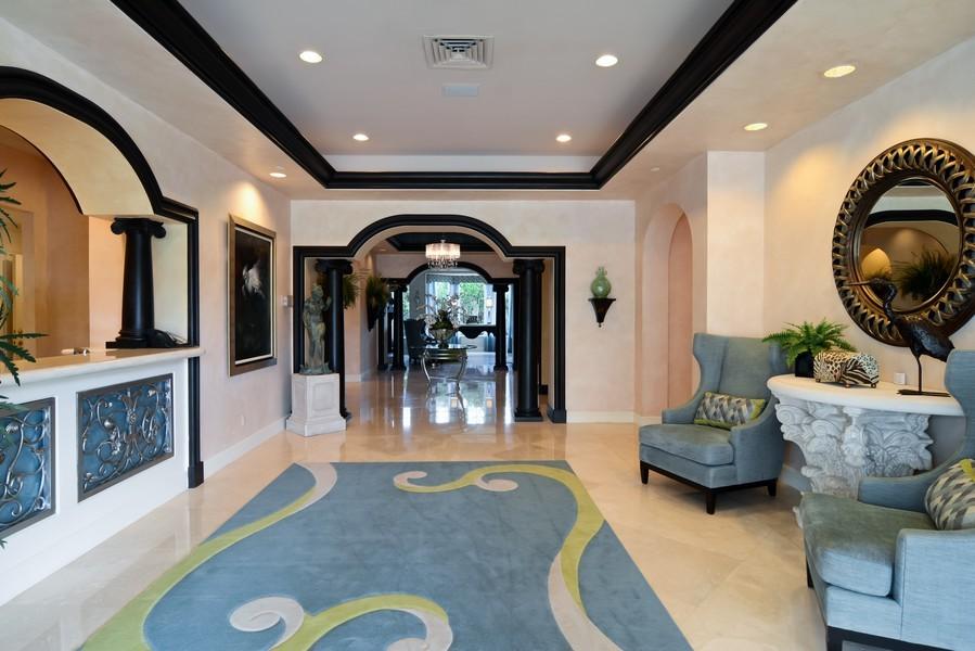 Real Estate Photography - 425 Beach Road, 7-O, Jupiter Island, FL, 33469 - Lobby