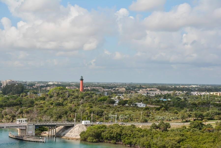 Real Estate Photography - 425 Beach Road, 7-O, Jupiter Island, FL, 33469 - City View