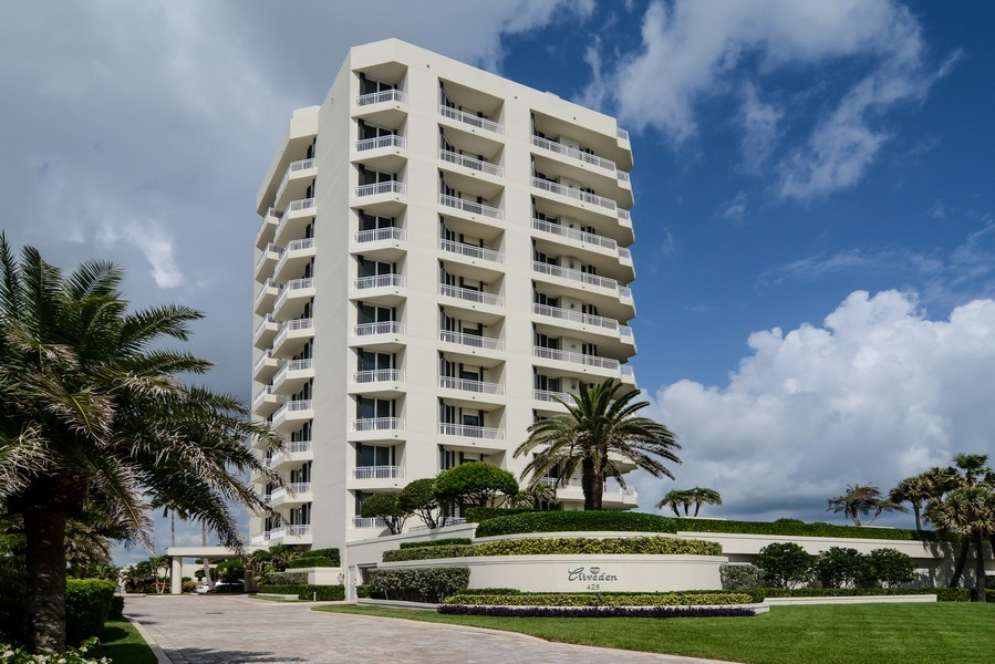 Real Estate Photography - 425 Beach Road, 7-O, Jupiter Island, FL, 33469 - Front View