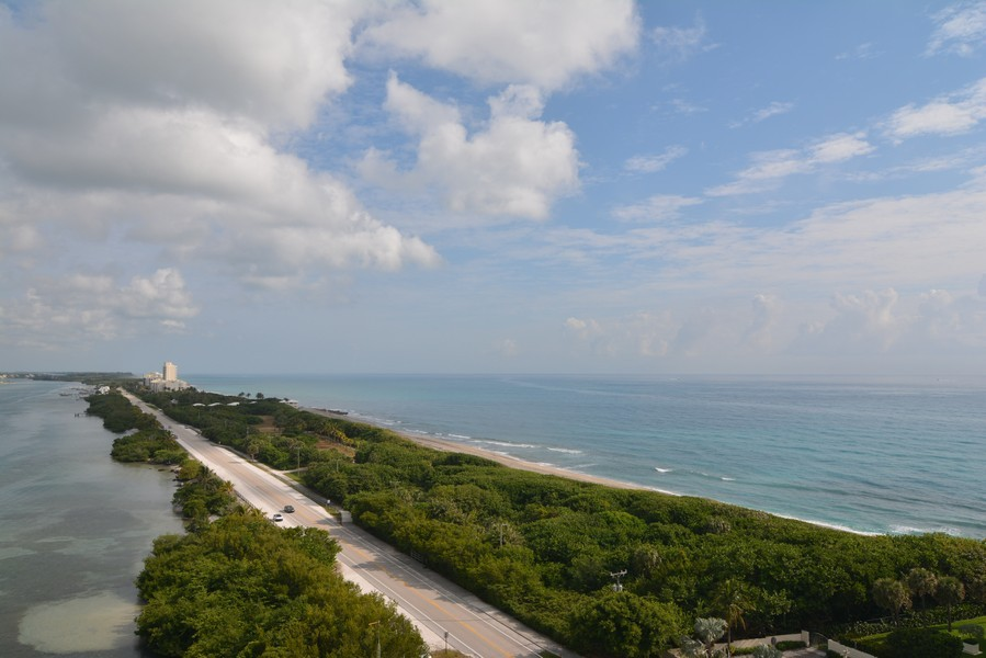 Real Estate Photography - 425 Beach Road, 7-O, Jupiter Island, FL, 33469 - Ocean View