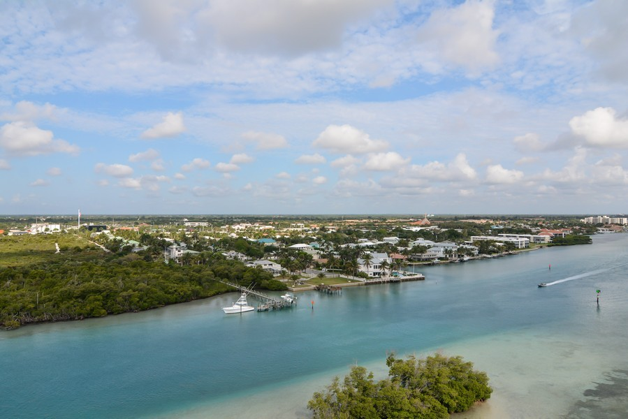 Real Estate Photography - 425 Beach Road, 7-O, Jupiter Island, FL, 33469 - River View