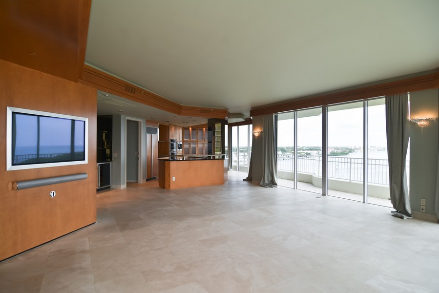 Real Estate Photography - 425 Beach Road, 7-O, Jupiter Island, FL, 33469 - Kitchen / Living Room