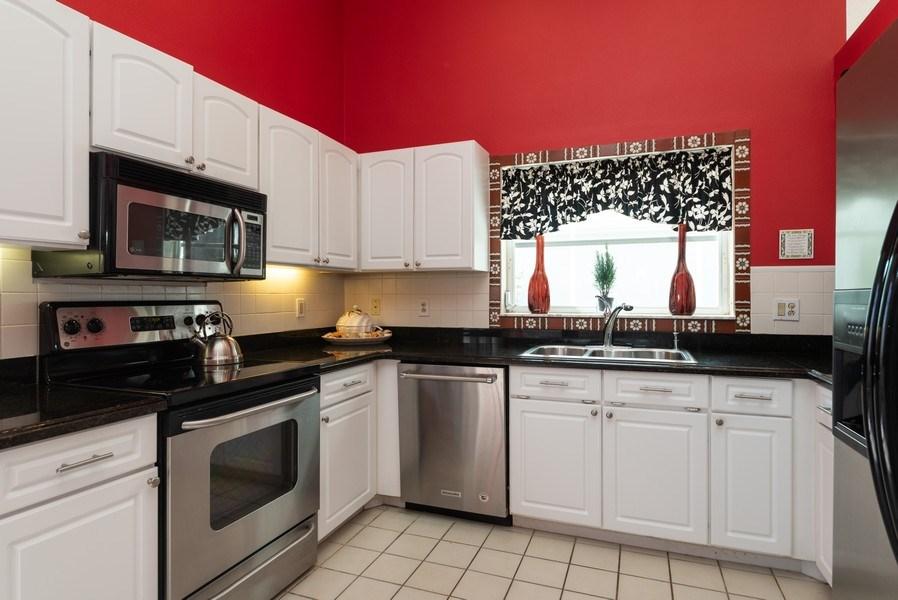 Real Estate Photography - 13 Elgin Ln, Palm Bch Gdns, FL, 33418 - Kitchen