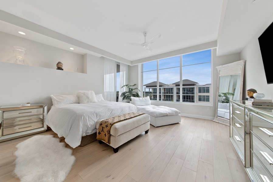 Real Estate Photography - 2720 Donald Ross Rd, Unit 502, Palm Beach Gardens, FL, 33410 - Master Bedroom