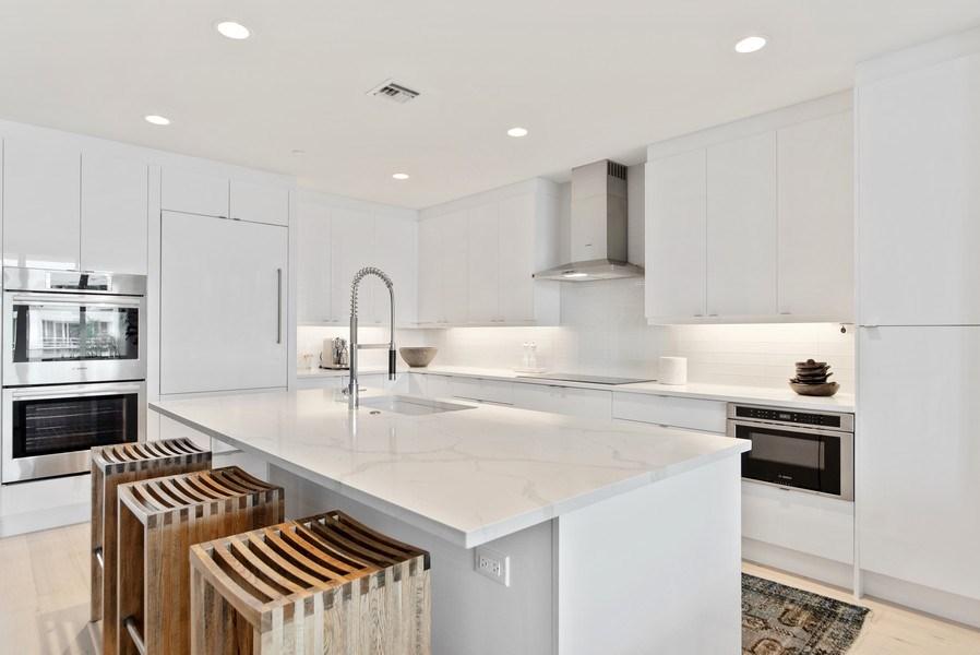 Real Estate Photography - 2720 Donald Ross Rd, Unit 502, Palm Beach Gardens, FL, 33410 - Kitchen
