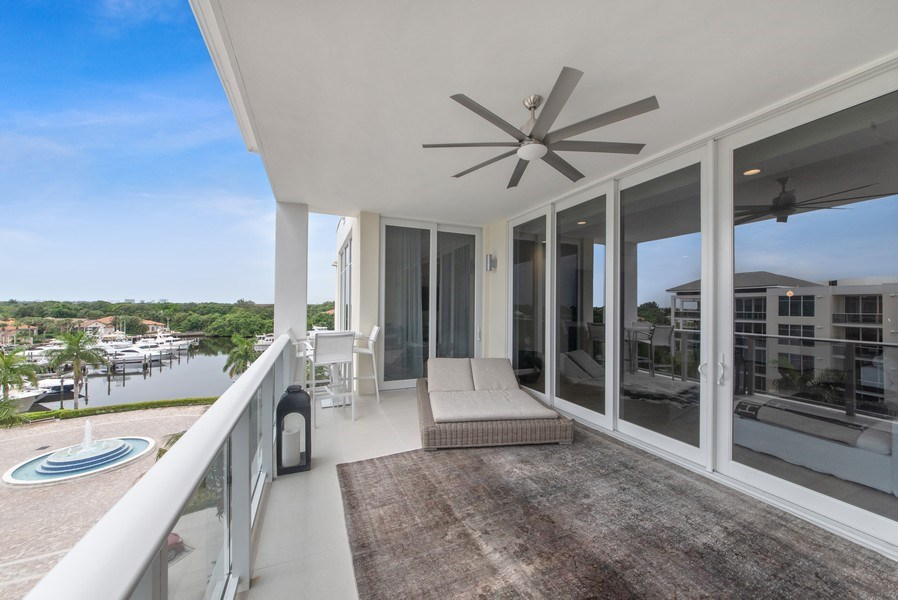 Real Estate Photography - 2720 Donald Ross Rd, Unit 502, Palm Beach Gardens, FL, 33410 - Patio