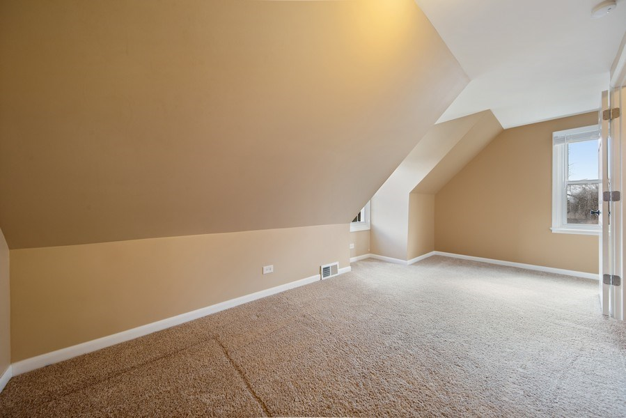 Real Estate Photography - 1S530 Marshall Rd, Oakbrook Terrace, IL, 60181 - 2nd Bedroom