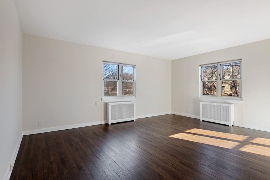 Real Estate Photography - 2250 Palmer Avenue Apt 3L, New Rochelle, NY, 10801 -