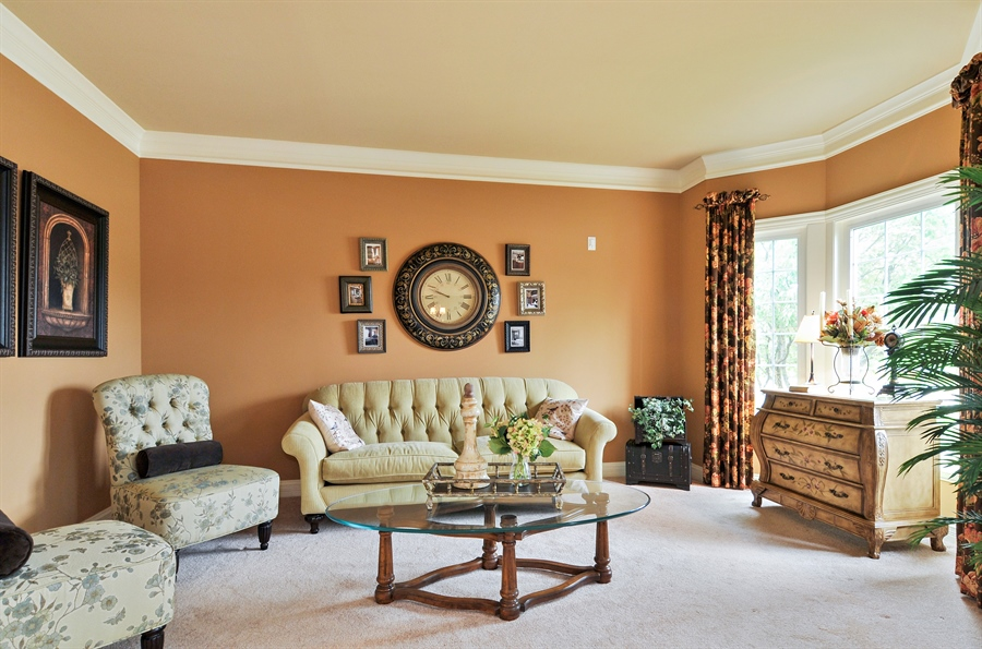 Real Estate Photography - 582 Colchester, Oswego, IL, 60543 - Living Room