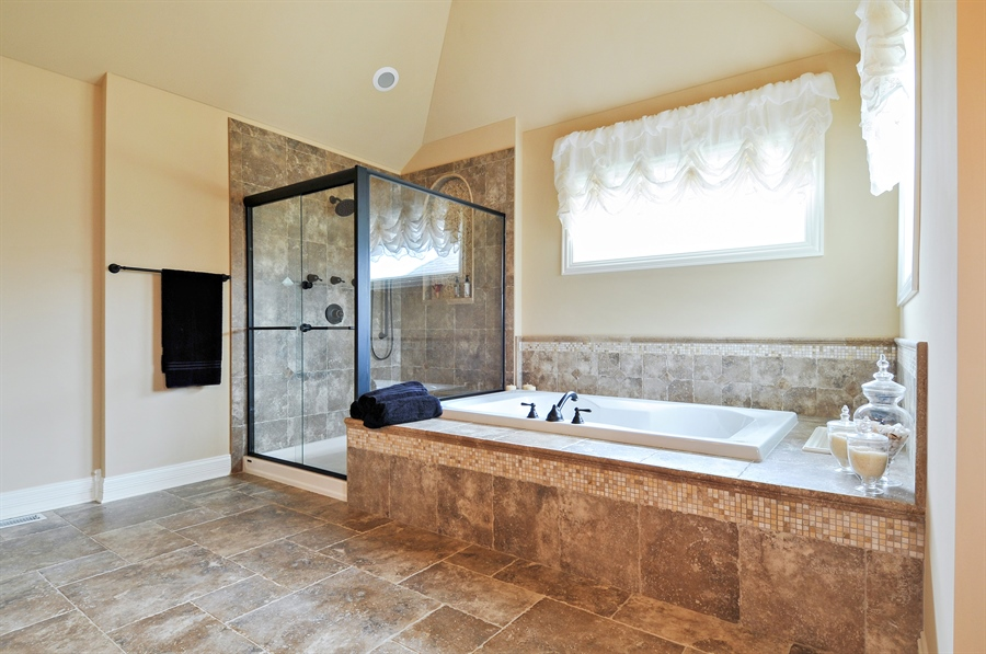 Real Estate Photography - 582 Colchester, Oswego, IL, 60543 - Master Bathroom