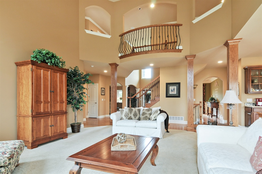 Real Estate Photography - 582 Colchester, Oswego, IL, 60543 - Family Room / Dining Room