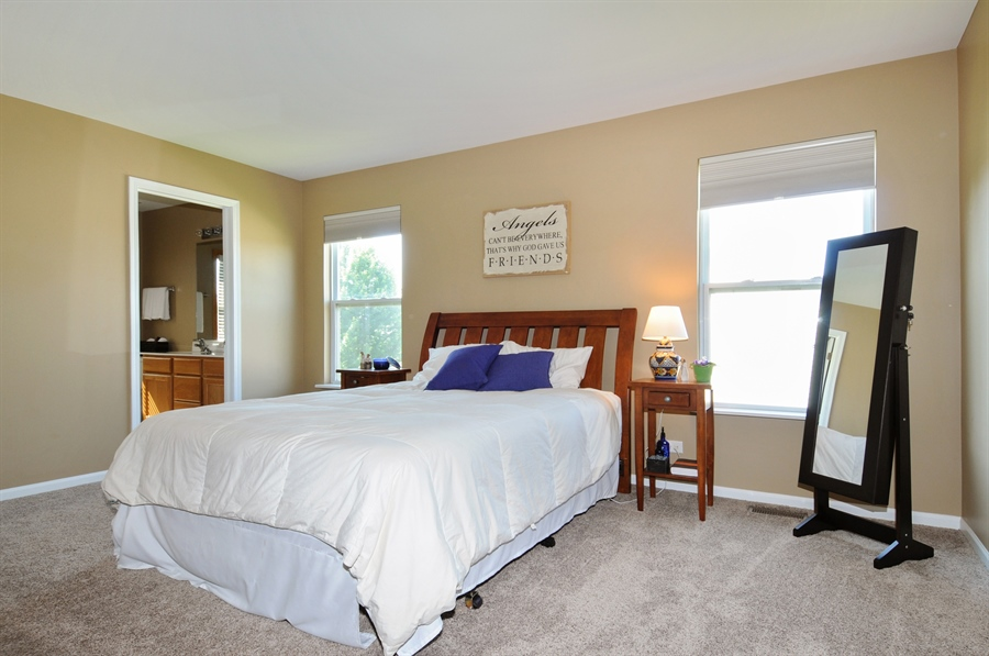Real Estate Photography - 2312 hobbs, Yorkville, IL, 60560 - Master Bedroom