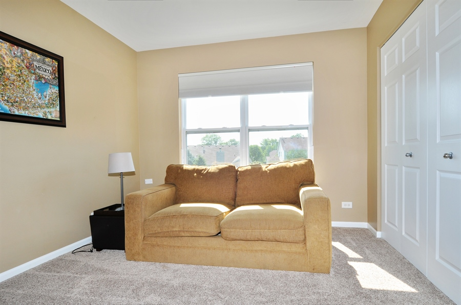 Real Estate Photography - 2312 hobbs, Yorkville, IL, 60560 - 2nd Bedroom