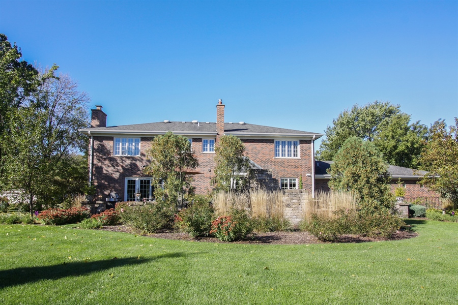 Real Estate Photography - 35 Bradford Ln, Oak Brook, IL, 60523 - Rear View
