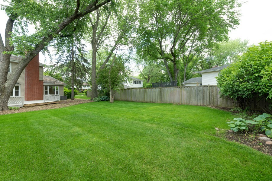 Real Estate Photography - 1245 Sandpiper Ln, Naperville, IL, 60540 - Back Yard