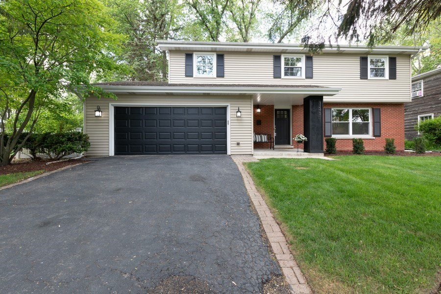 Real Estate Photography - 1245 Sandpiper Ln, Naperville, IL, 60540 - Front View