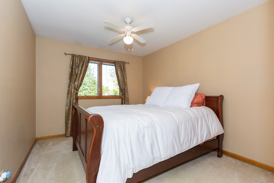 Real Estate Photography - 2743 Fairhauser Rd, Naperville, IL, 60564 - Bedroom