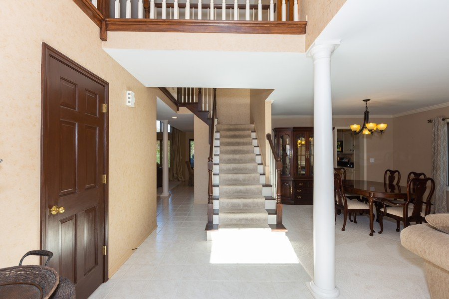 Real Estate Photography - 2743 Fairhauser Rd, Naperville, IL, 60564 - Foyer
