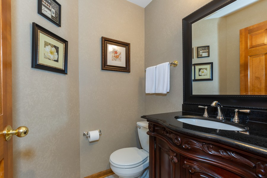 Real Estate Photography - 2743 Fairhauser Rd, Naperville, IL, 60564 - 2nd Bathroom