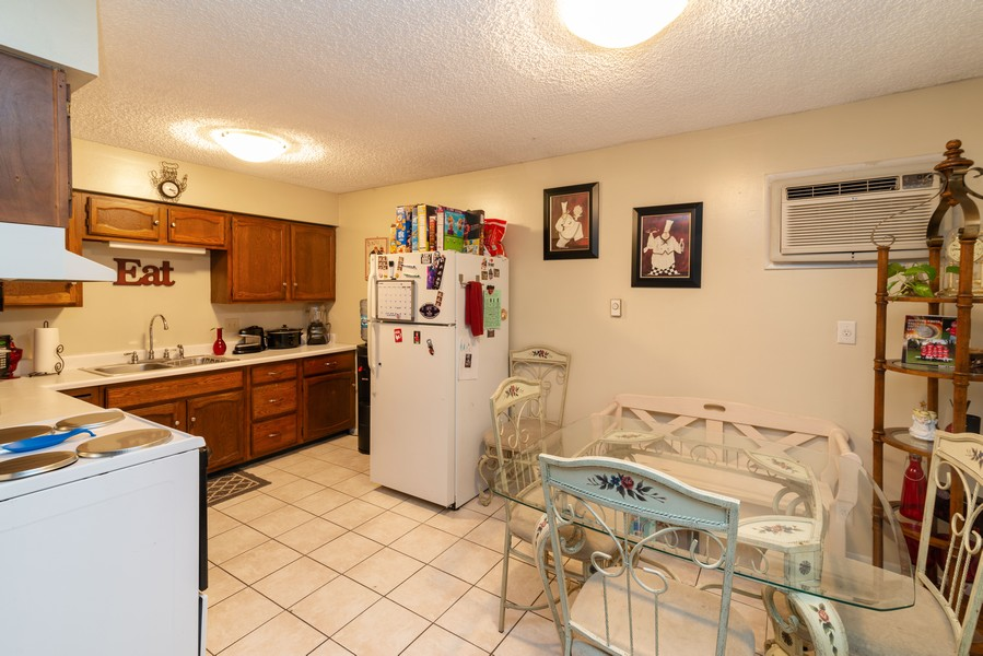 Real Estate Photography - 166 Keigher Dr, Manteno, IL, 60950 - Kitchen / Dining Room