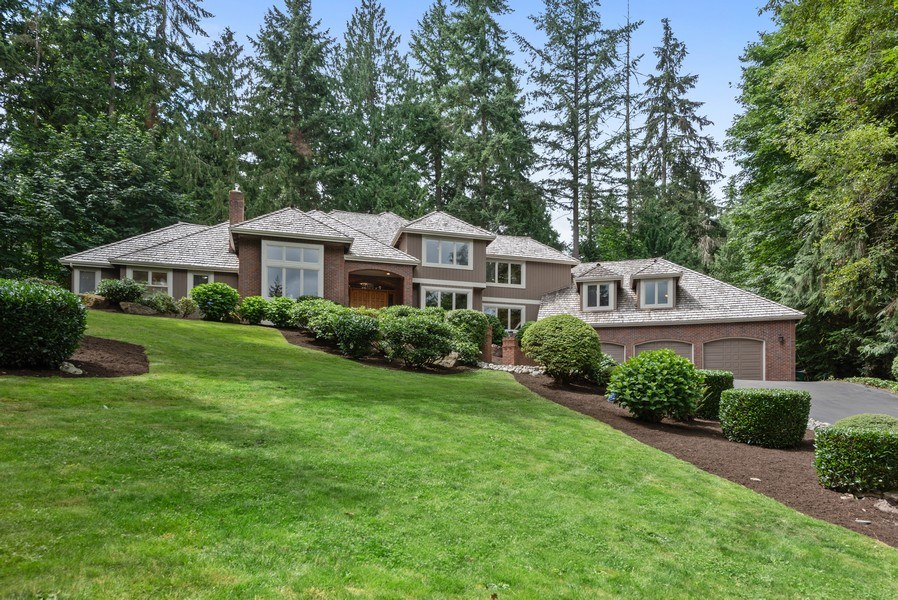 Real Estate Photography - 16620 NE 167th Ct, Woodinville, WA, 98072 - Front View