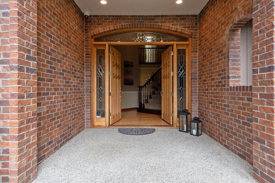 Real Estate Photography - 16620 NE 167th Ct, Woodinville, WA, 98072 - Entryway