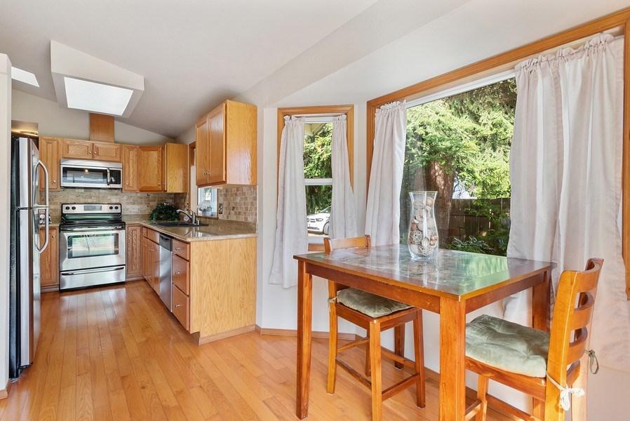 Real Estate Photography - 9530 50th Ave NE, Marysville, WA, 98270 - Kitchen / Breakfast Room