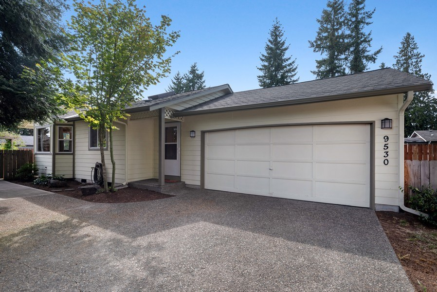Real Estate Photography - 9530 50th Ave NE, Marysville, WA, 98270 - Front View