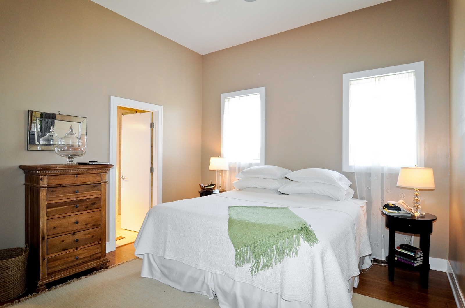 Real Estate Photography - 950 W. Cullerton, C, Chicago, IL, 60608 - Master Bedroom