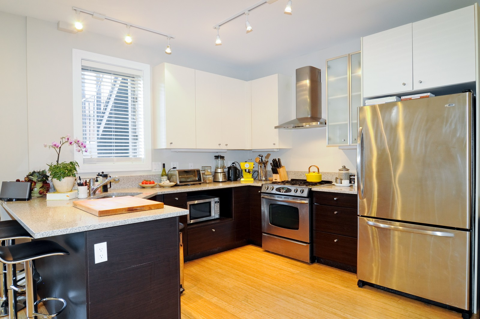 Real Estate Photography - 950 Cullerton, A, Chicago, IL, 60608 - Kitchen