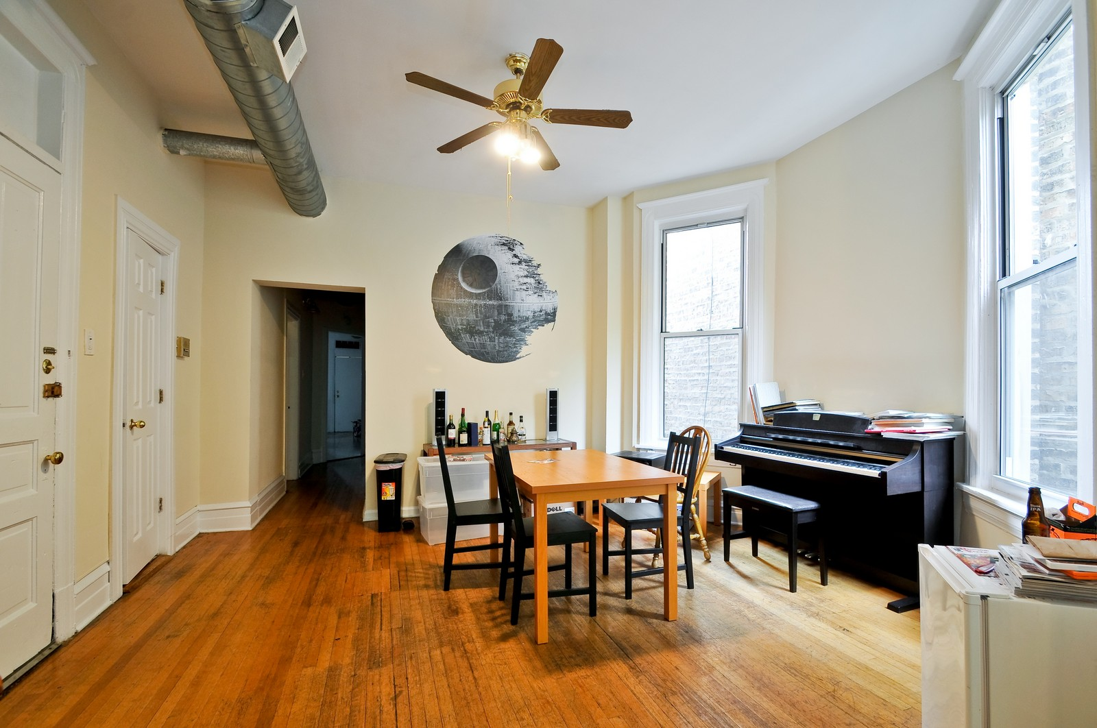 Real Estate Photography - 900 W. Newport, Chicago, IL, 60657 - Dining Room