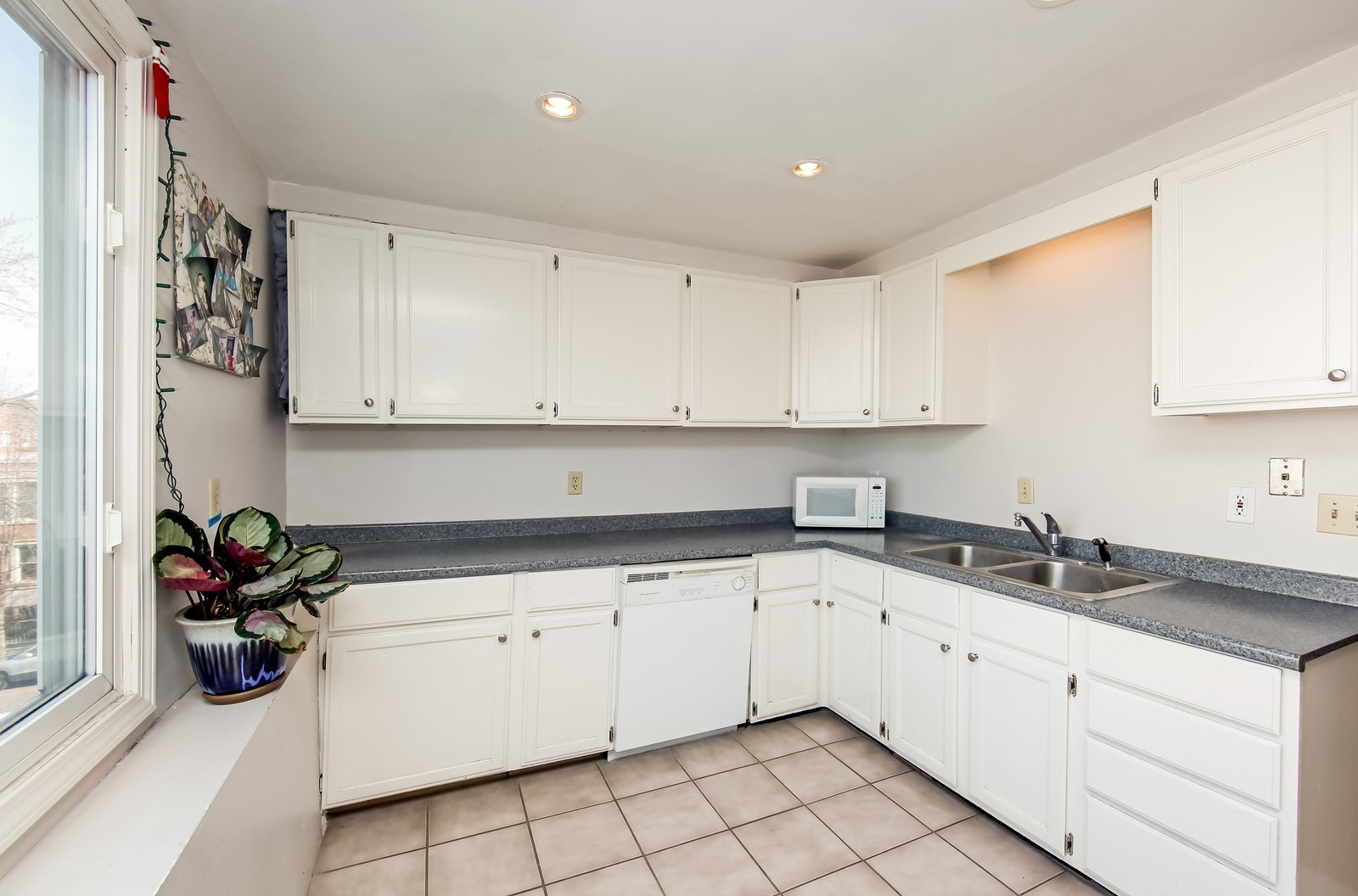 Real Estate Photography - 1748 N Honore, 1,2, 3, Chicago, IL, 60622 - 3rd Level