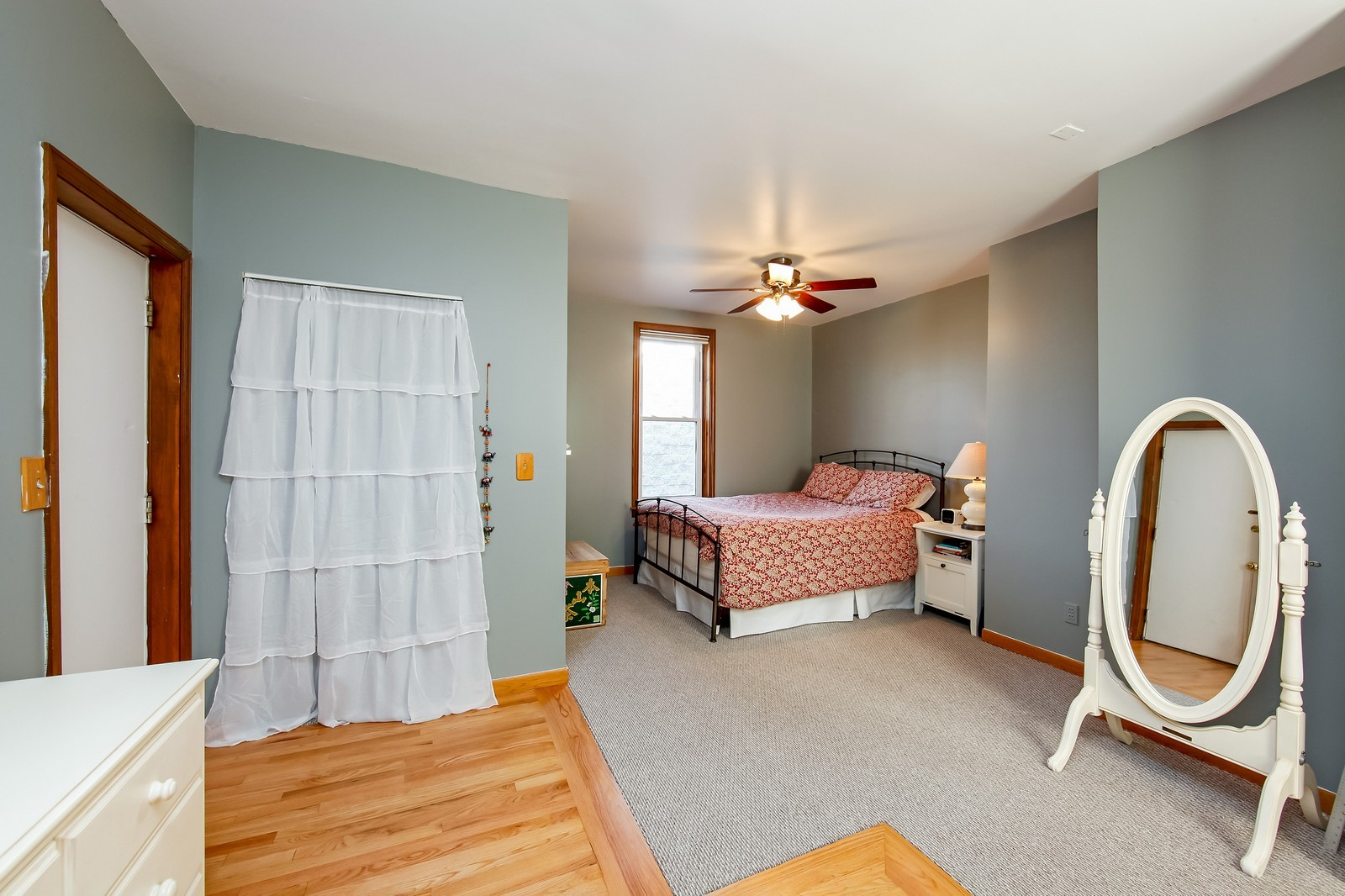 Real Estate Photography - 1748 N Honore, 1,2, 3, Chicago, IL, 60622 - 2nd Bedroom