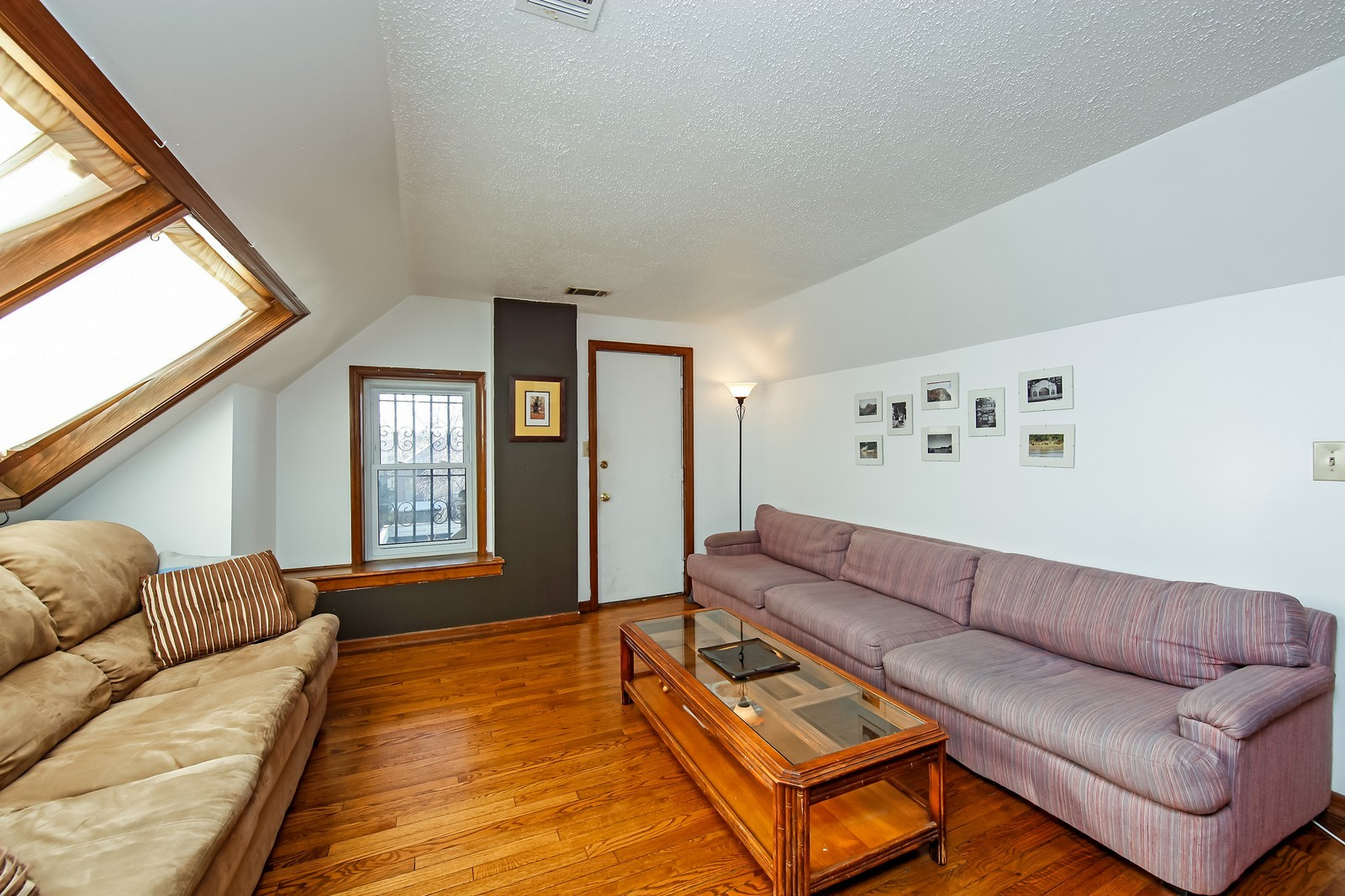 Real Estate Photography - 1748 N Honore, 1,2, 3, Chicago, IL, 60622 - 3rd Floor