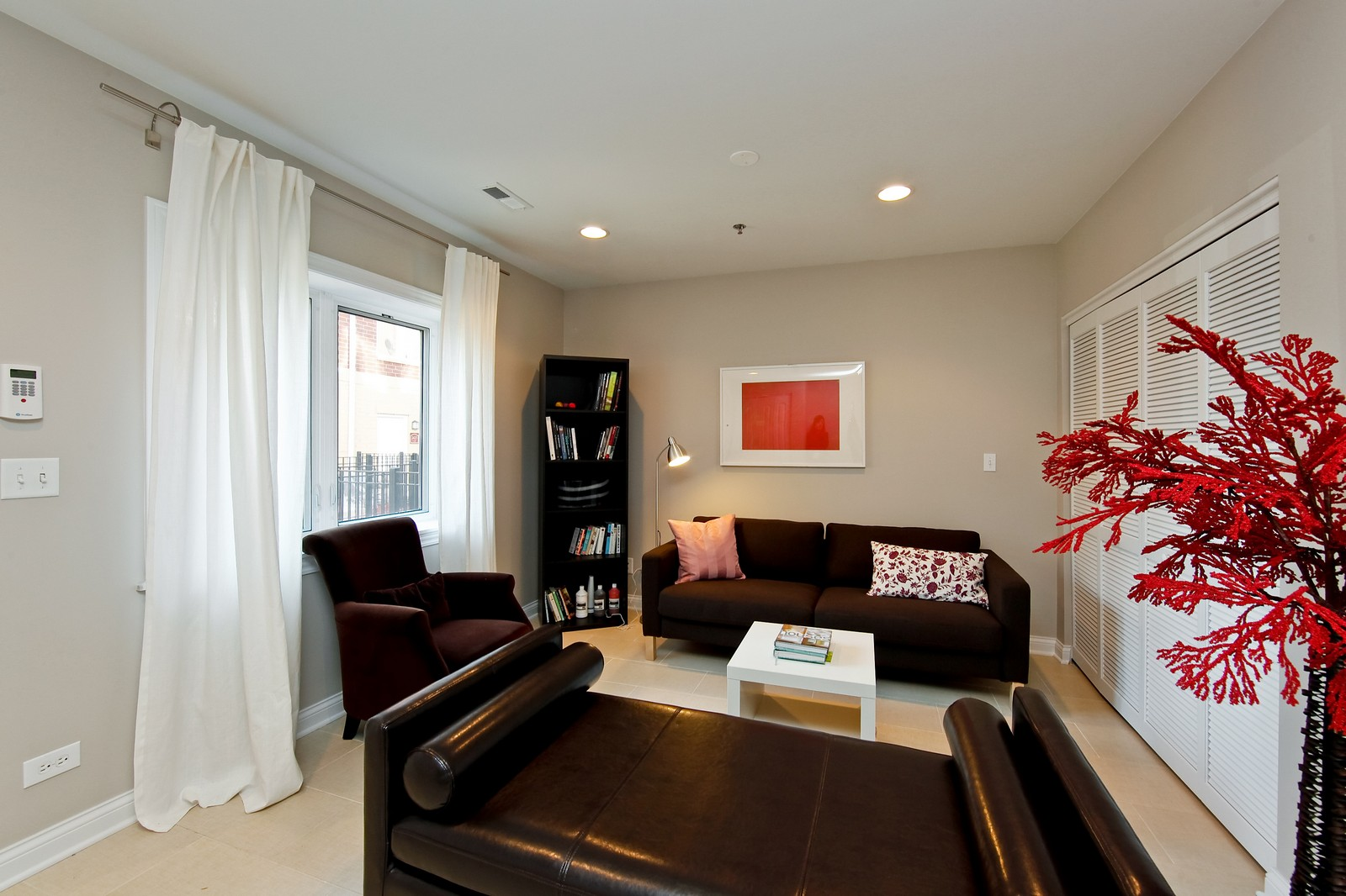 Real Estate Photography - 2422 W Bross, Chicago, IL, 60608 - Lower Level