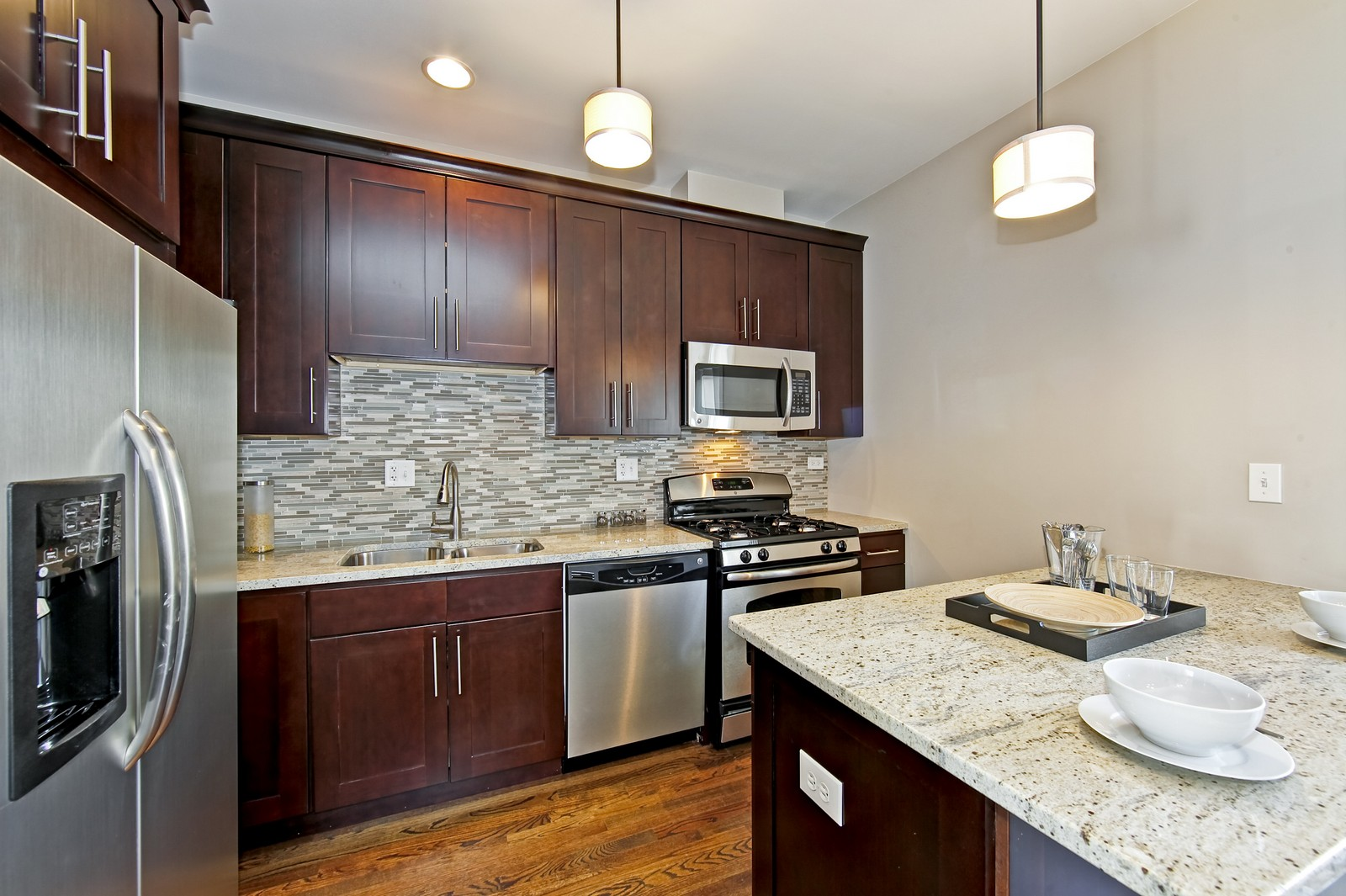 Real Estate Photography - 2422 W Bross, Chicago, IL, 60608 - Kitchen