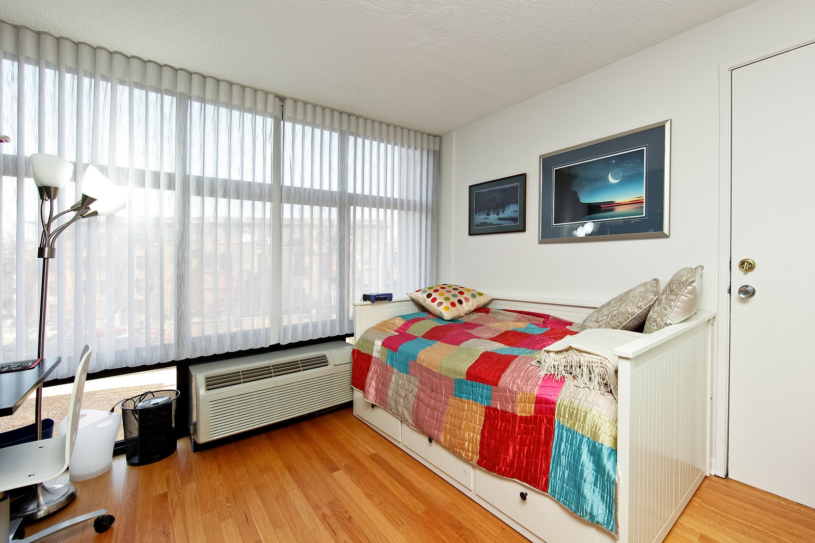Real Estate Photography - 1920 Clark, 3A, Chicago, IL, 60614 - 3rd Bedroom