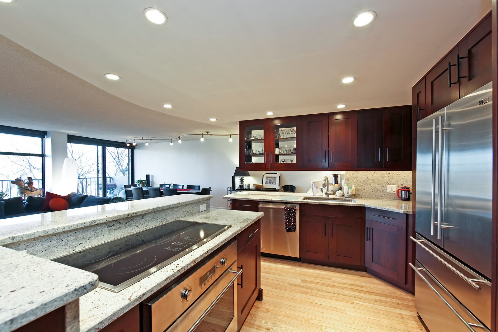 Real Estate Photography - 1920 Clark, 3A, Chicago, IL, 60614 - Kitchen