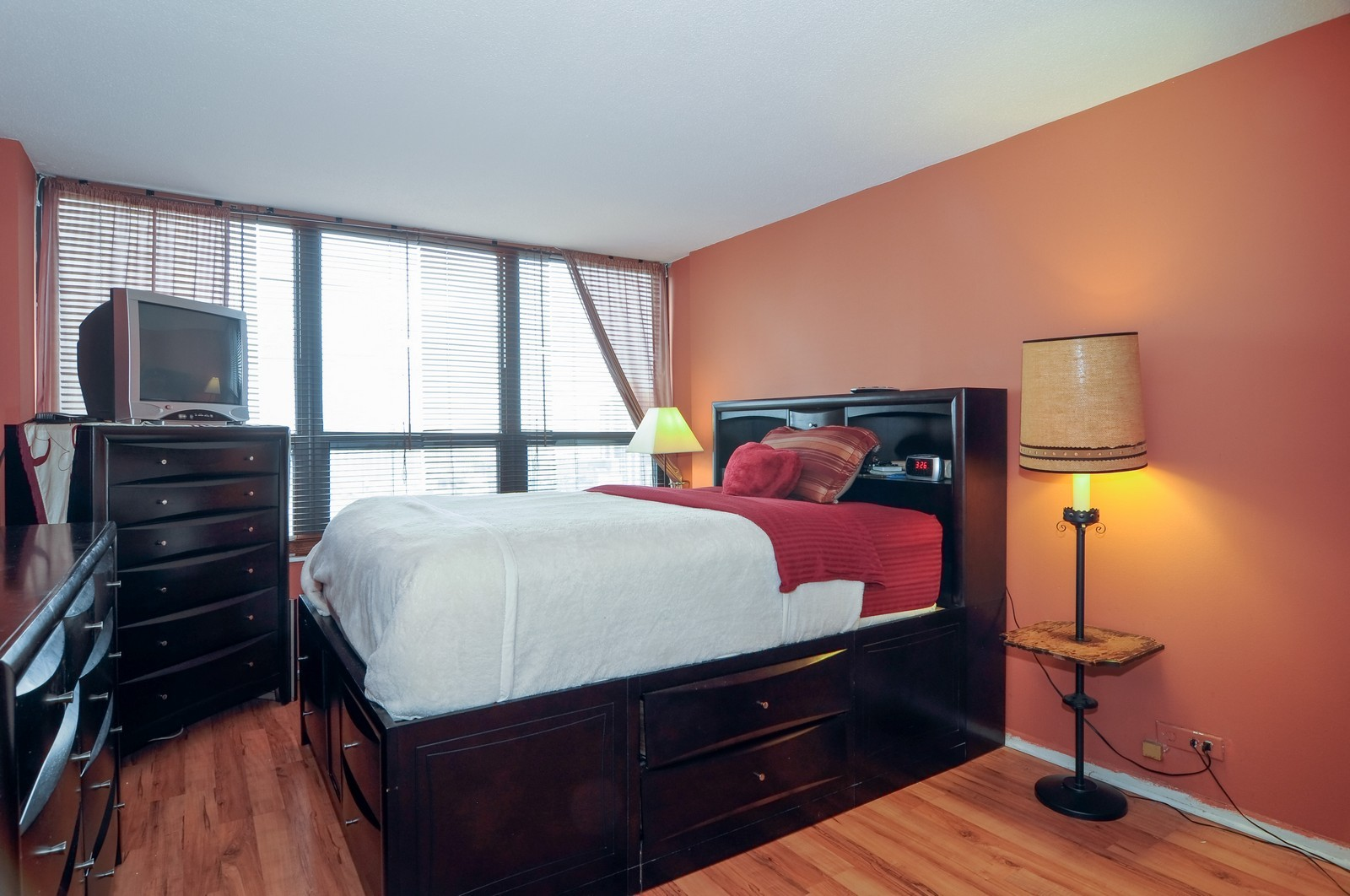 Real Estate Photography - 5100 N Marine Dr, 14J, Chicago, IL, 60640 - Bedroom