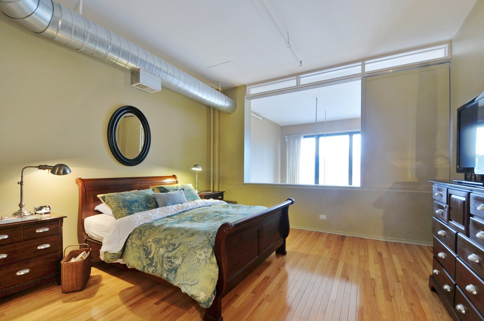 Real Estate Photography - 1530 S State, 1009, Chicago, IL, 60605 - Master Bedroom
